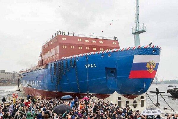 کشتی یخ شکن هسته ای جدید روسیه به آب انداخته شد