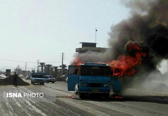 مهار آتش سوزی مینی بوس گردشگران خارجی در مازندران