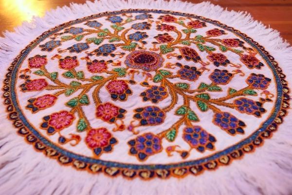 سازمان میراث فرهنگی میزبان نمایشگاه سون دوزی های دختران بلوچ