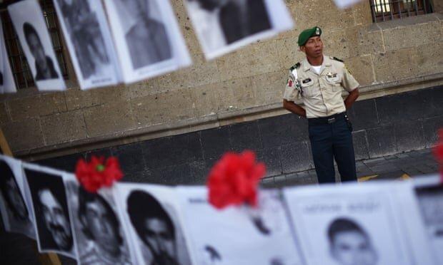شمار گورهای قربانیان جنگ مواد مخدر در مکزیک به 3000 رسیده است