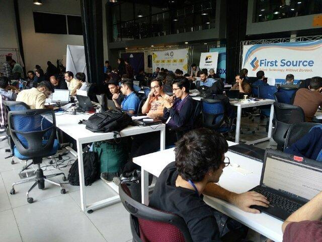 ماراتون برنامه نویسان تلفن همراه در دانشگاه شریف