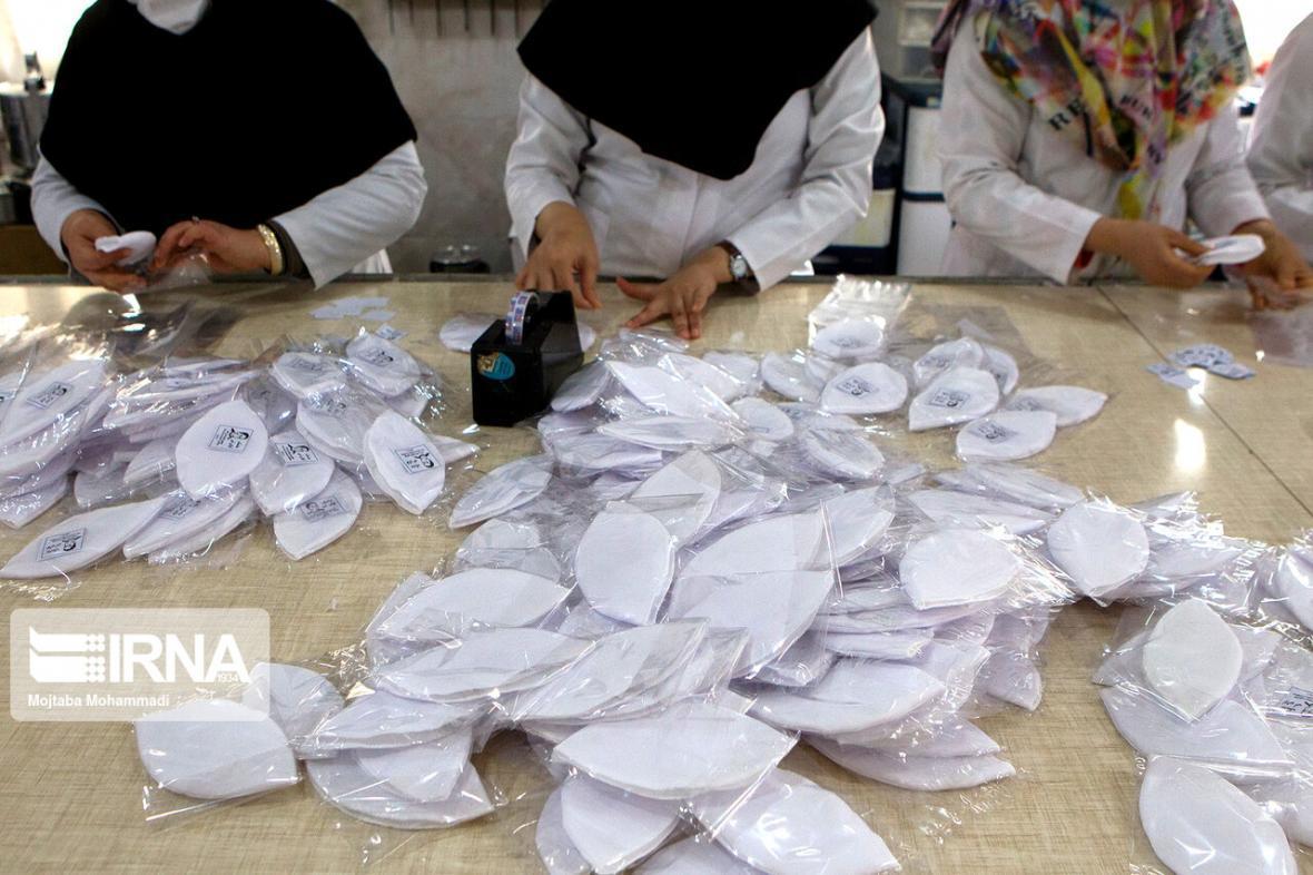 خبرنگاران فراوری ماسک پزشکی در بجنورد، معطل 13 میلیارد ریال وام