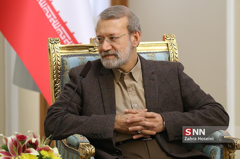 لاریجانی: همکاری بیشتر میان دو کشور از گسترش ویروس جلوگیری می نماید ، رایزنی سیاسی میان کشور های اسلامی ضروری است