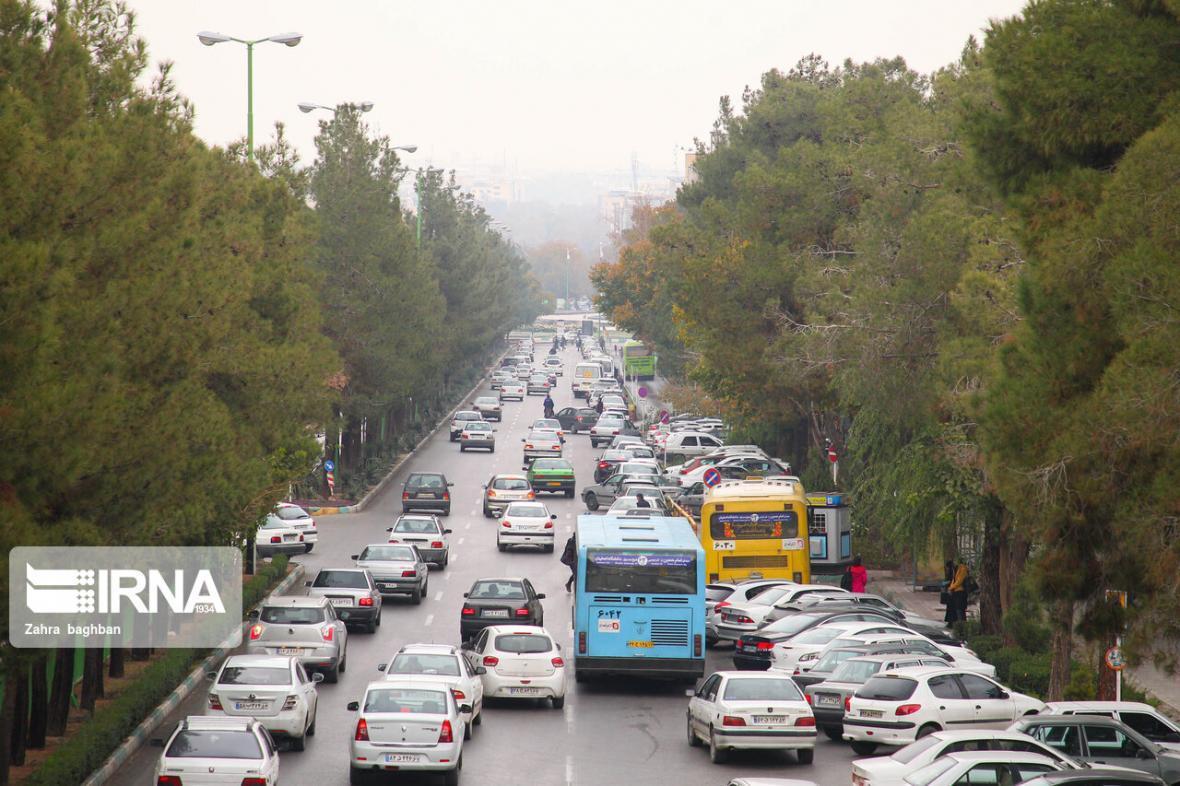 خبرنگاران تردد روان در جاده های کشور و کاهش قابل توجه حجم سفرها