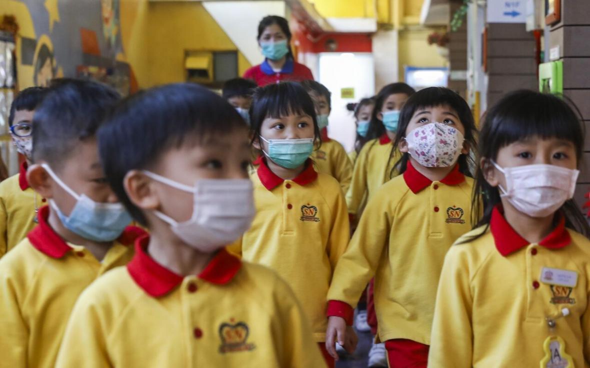 هنگ کنگ تعطیلی مدارس را تا دو ماه دیگر تمدید کرد