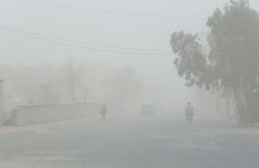 محاصره 48 روستای ریگان در گرد و غبار