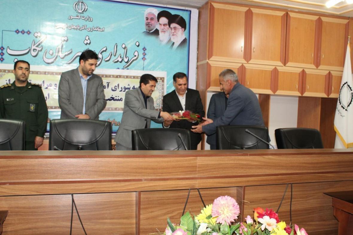 خبرنگاران فرماندار تکاب: تلاش معلمان در دوران شیوع کرونا ستودنی است