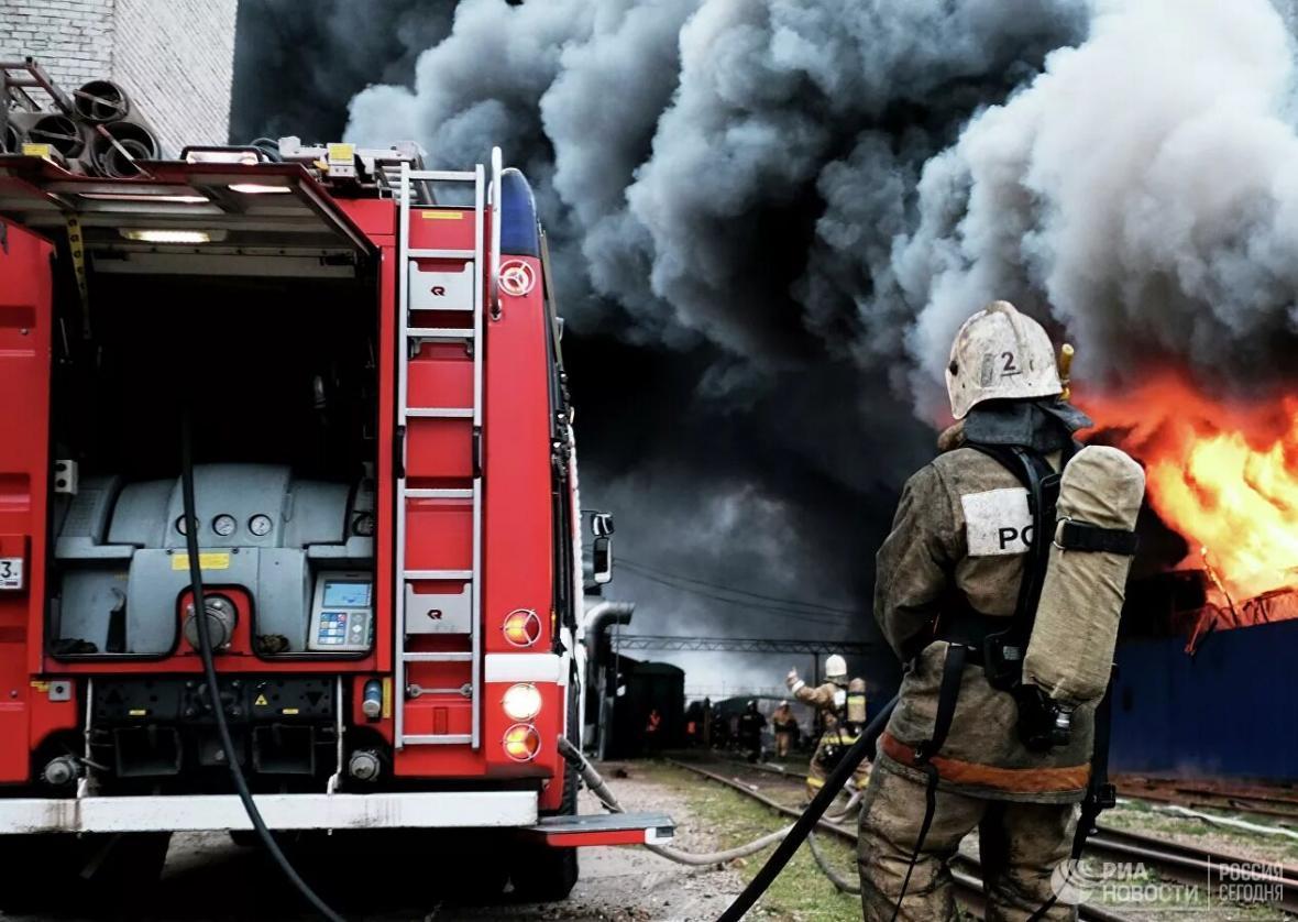 خبرنگاران یکی از بیمارستان های بیماران کرونایی در روسیه آتش گرفت