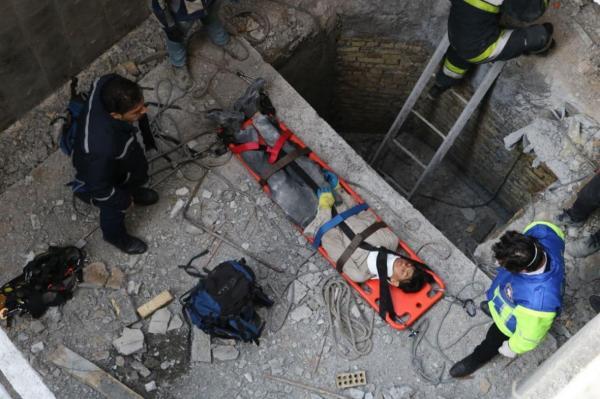 سقوط کارگر جوان در چاهک آسانسور