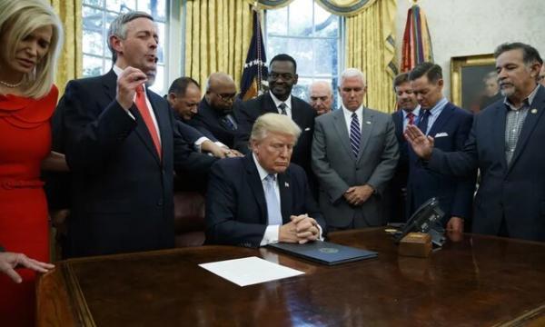 آمریکایی ها از دین رویگردان شده اند